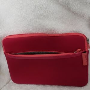 👄HOT pink iPad/tablet case